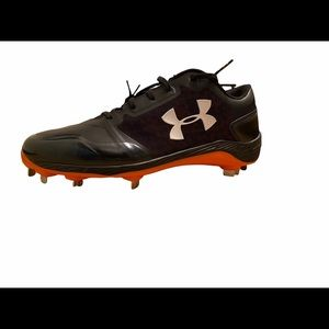 Under Armour Men's Size 12 Charged Baseball Cleats
